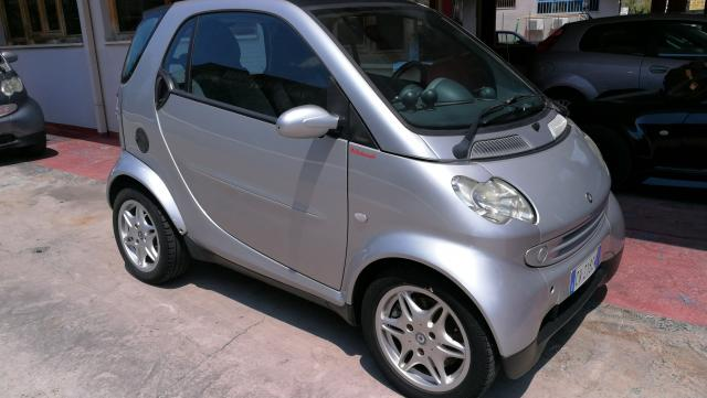 Smart Fortwo usata 700 coupé passion a benzina Rif. 7509013