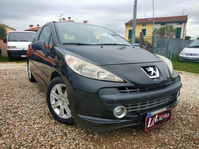 Peugeot 207 HDI 90cv FAP 3P. Energie Sport