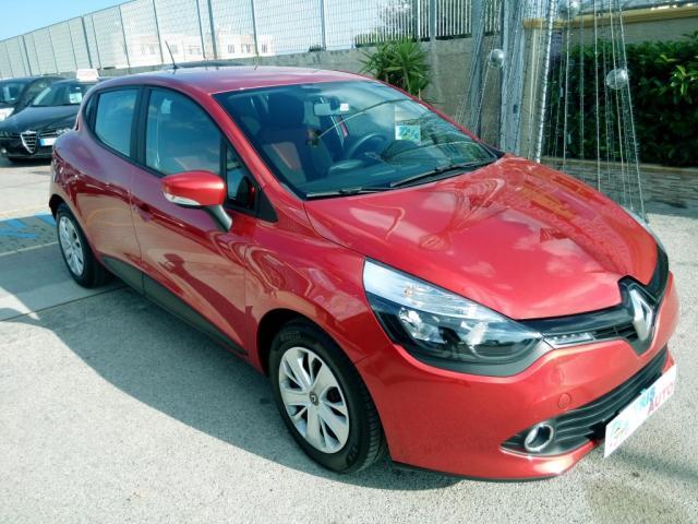 Renault Clio 1.5 DCI (NAVI - FARI LED)
